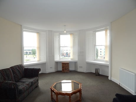 If you are 4/5 students looking for a large centrally situated flat ideally situated between Dundee and Abertay Universities then we would suggest you consider this very good flat.