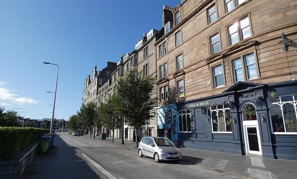 6 Whitehall Crescent, Dundee